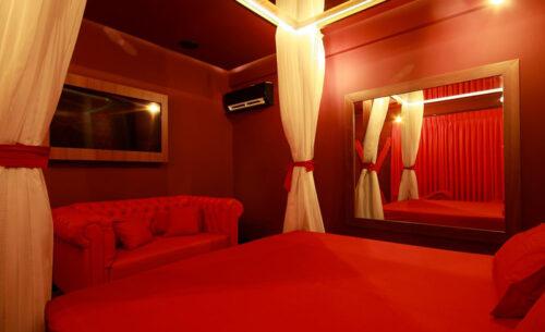 img-suite-50tons-cama-golf-motel