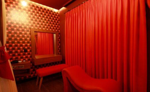 img-suite-50tons-espreguicadeira-golf-motel
