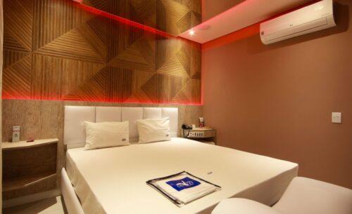 img-suite-piscina-premium-ar-golf-motel